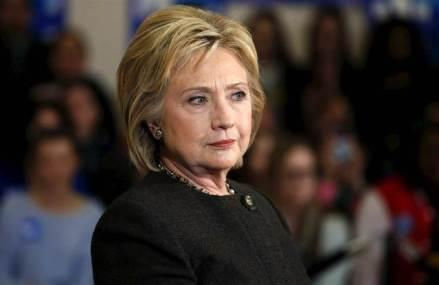 De ce nu o plac femeile pe Hillary Clinton? Prima femeie care are o şansă reală să devină preşedintele Statelor Unite nu pare să aibă susţinerea sexului frumos. Întrebarea este, de ce?