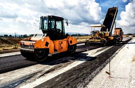 O asociere condusă de bistriţenii de la Dimex modernizează drumul judeţean dintre Ungheni şi Târnăveni pentru 22 mil. euro