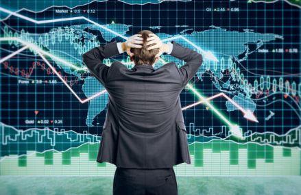 Pieţele emergente se îndreaptă probabil către o criză fiscală. Programele guvernamentale temporare ar putea deveni permanente