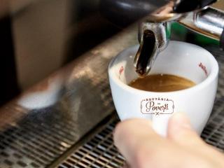 Brutaria cu Povesti, locul in care bei cafea si ajuti copiii din centrele de plasament