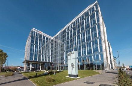 ING Bank mută 2.000 de angajaţi în noul sediu din Expo Business Park
