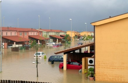 Studiile demonstreaza ca pana in anul 2100 peste 600 de milioane de oameni vor trai sub amenintarea zilnica a inundatiilor