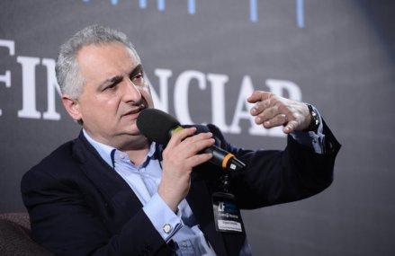 Opinie Bogdan Patriniche, un bancher român de la Londra: Trei măsuri pe care guvernul şi băncile le pot lua pentru ca economia României să nu fie infectată de tot de coronavirus