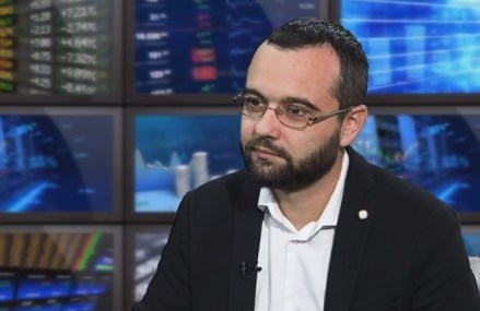 """ZF Live. Gabriel Petrea, Universitatea Politehnica din Bucureşti: Facultăţile cu specializări în zona de IT şi cele de inginerie medicală au devenit din ce în ce mai căutate în rândul elevilor. """"Viitorul înseamnă tehnologie, iar tehnologia înseamnă inginerie."""""""
