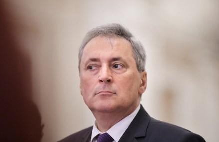 """Noua ordonanţă militară: Zborurile spre şi dinspre ţările din """"Zona roşie"""", suspendate pentru 15 zile"""