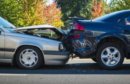 Asigurătorii vor un tarif de referinţă pentru reparaţiile auto cu titlu informativ, dar nu impunerea unei plafonări a tarifelor