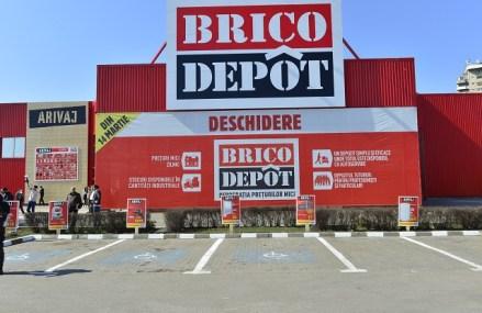 Kingfisher, proprietarii Brico Dépôt, au deschis un outlet de 800 mp cu materiale de construcţii în Chiajna. Brico Outlet Chiajna se află pe autostrada Bucureşti-Piteşti, la km 11-12
