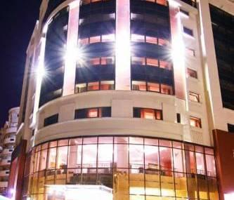 Lanţul hotelier InterContinental va afilia sub brandul Holiday Inn hotelul Times de pe bulevardul Decebal din Bucureşti