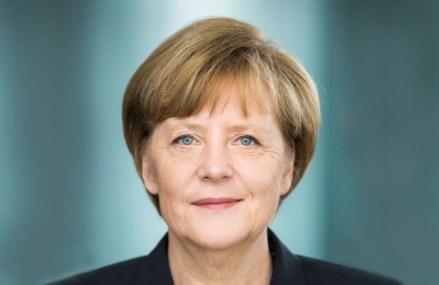 Merkel preia frâiele UE într-un moment de criză pe multiple fronturi pentru UE