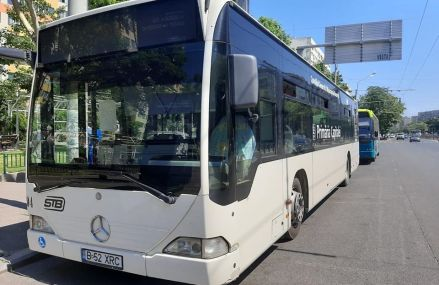 În Capitală, 600 de autobuze vechi vor fi transformate de primărie în autobuze cu normă de poluare euro 6 și troleibuze