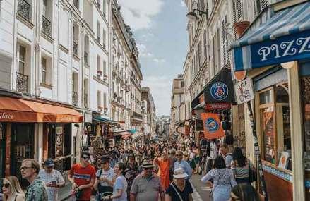 Economia rănită de coronavirus a zonei euro se propteşte de cererea internă pentru a-şi reveni