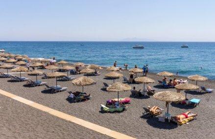 Ministerul Sănătăţii a publicat lista centrelor unde românii se pot testa pentru a pleca în Grecia