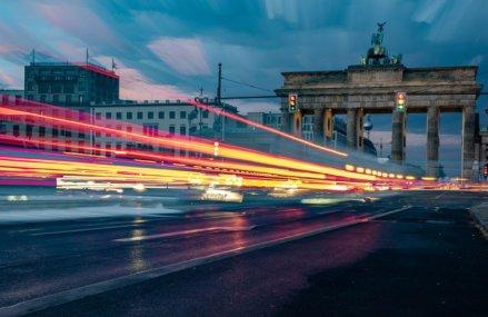 Drumul către recuperare continuă: Producţia industrială din Germania, care înregistrase un declin uriaş la începutul carantinei, a crescut cu aproape 8% în luna mai, semn că cea mai mare economie a Europei continuă să îşi revină din criza generată de coronavirus
