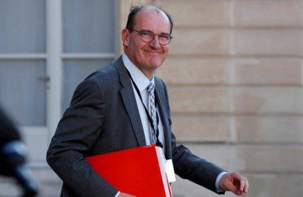 Noul premier al Franţei: Preşedintele Macron îl numeşte în fruntea guvernului pe Jean Castex, omul care a orchestrat ieşirea Franţei din carantina naţionaă