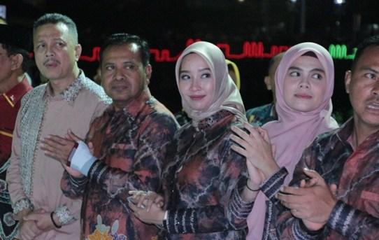 Kapolresta Banjarmasin Hadir Dalam Kemeriahan Banjarmasin Sasirangan Festival Tahun 2019