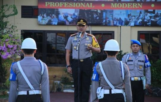 Kapolresta Pimpin Upacara PTDH (Pemberhentian Tidak Dengan Hormat) 2 ( dua ) Personel Polresta Banjarmasin