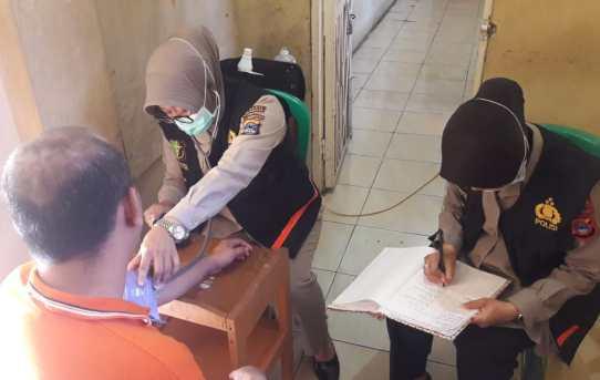 Polresta Banjarmasin : Tim Urkes Berikan Pelayanan Kesehatan Kepada Puluhan Tahanan