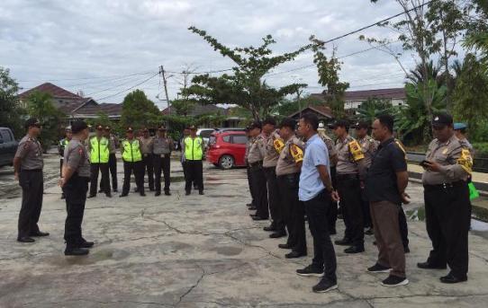 Polsek Banjarmasin Utara : Kabag Ops Kunjungi Posko Penanggulangan Bencana