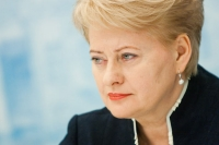 Grybauskaite (πρόεδρος Λιθουανίας) : Η ελληνική κυβέρνηση θέλει να συνεχίσει το πάρτι
