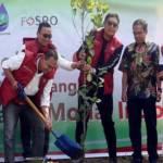Penanaman Pohon Di Sungai Cisadane, Memperingati HUT Pasar Modal Ke 42
