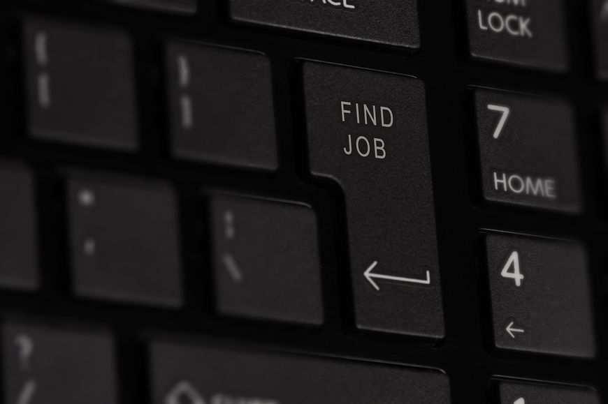Komu pomaga agencja rekrutacyjna?