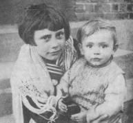 Mariette et sa soeur