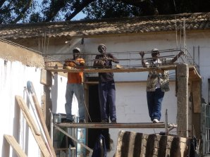 Building the supports for the sterilisation room