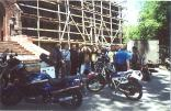 rus99wladik-an-der-kirche