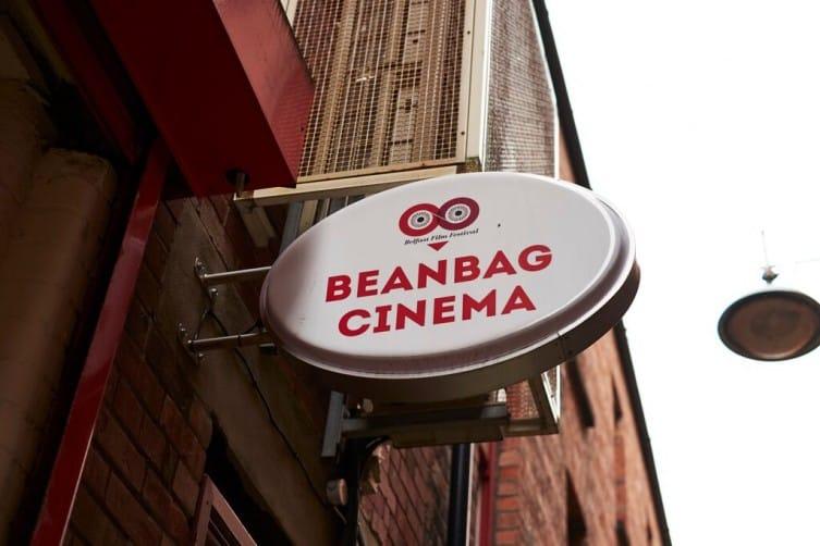 Stupendous Beanbag Cinema 753502 Banterflix Andrewgaddart Wooden Chair Designs For Living Room Andrewgaddartcom