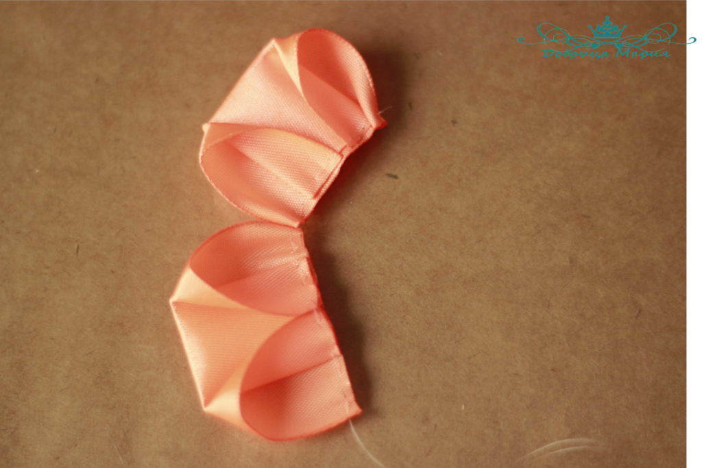 Bow of Satin Ribbon 4