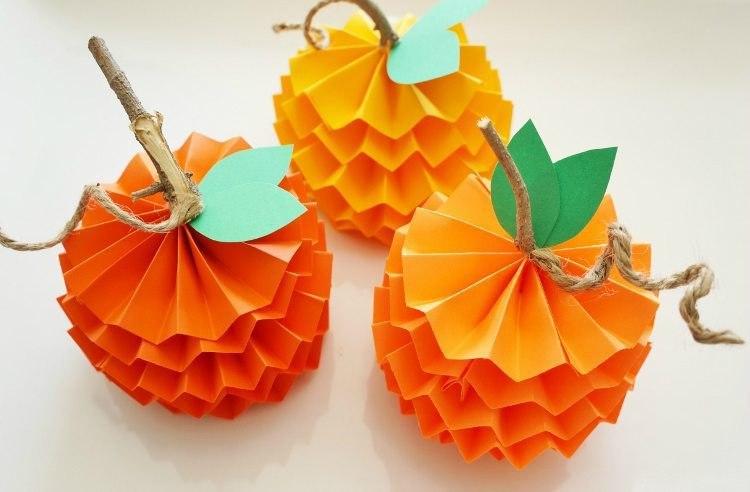 Mandarinen aus Papier