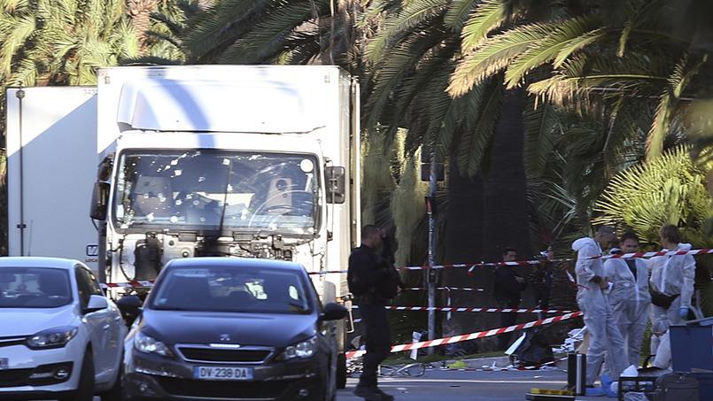 Attentat en France 83 morts