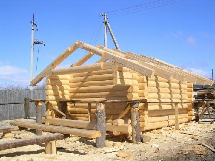 Строительство классической бани из сруба
