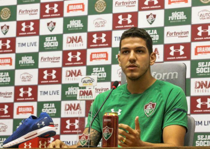 Nino destaca força coletiva para Fluminense não sofrer gols
