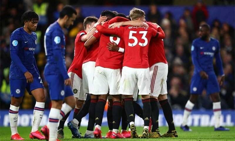 Chelsea perde para o United no Inglês