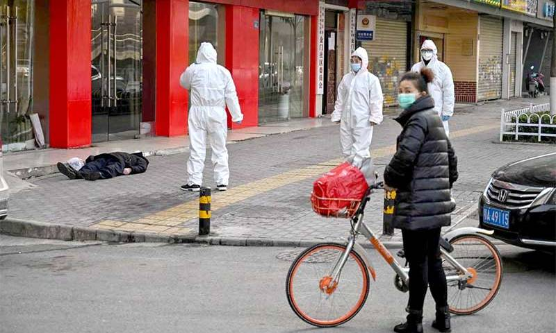 Wuhan, onde o coronavírus surgiu, alivia medidas de isolamento