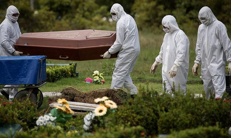 Total de mortes no mundo por covid-19 passa de 2 milhões