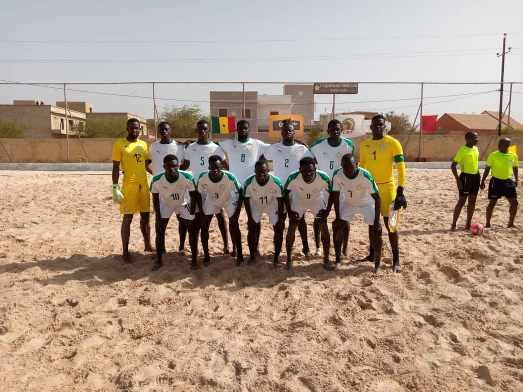 Jules koundé a plaisanté sur la coiffure de l'ancien joueur de l'om lucas ocampos. Préparation mondial Beach Soccer: le Sénégal s'impose face ...