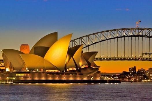 """""""Bảo hiểm Travel là rất cần thiết"""" – Chia sẻ của một người định cư đưa người thân đi du lịch ở Úc"""