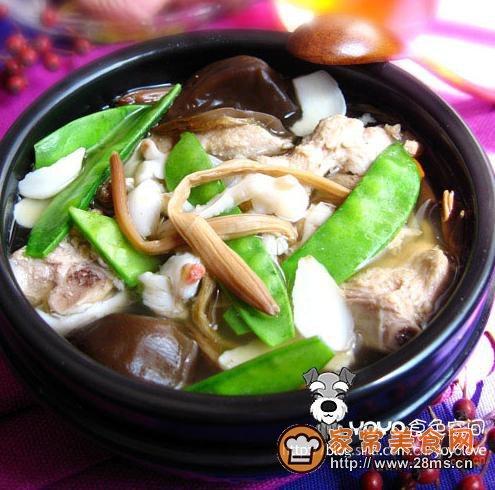 蔬菜百合排骨煲的家常做法 - 煲湯食譜網