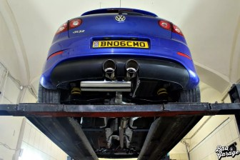Volkswagen Golf V R32 Turbo (16)