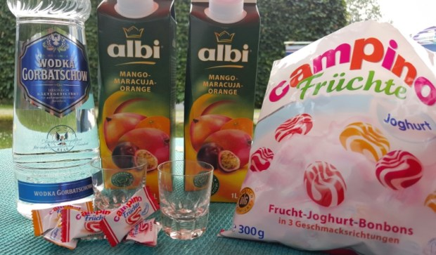 Nur 3 Zutaten reichfür für den Mango-Maracuja Shot
