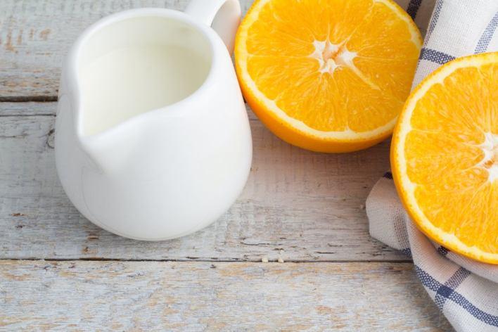 قشر البرتقال والحليب لشطف اليدين