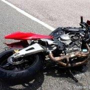 Mueren dos en accidente de motocicleta
