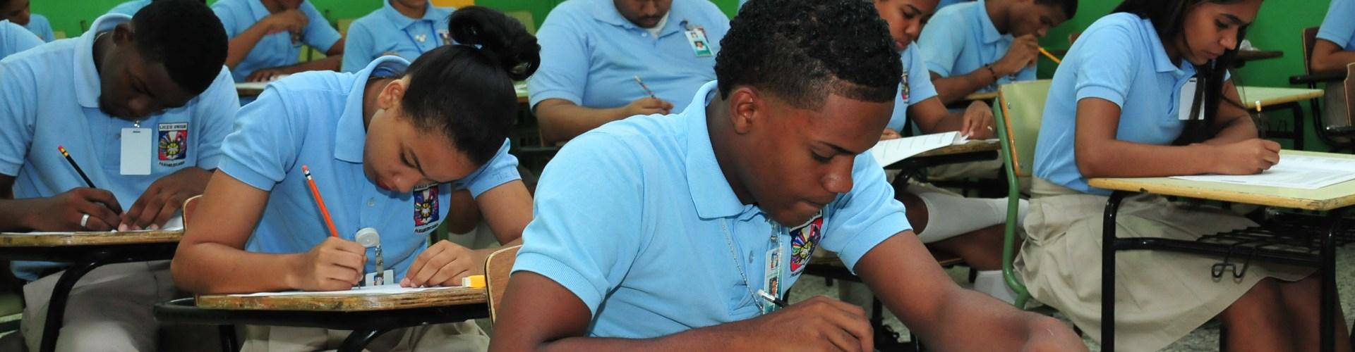 Impacto de revolución educativa es positivo