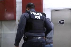 La ICE detiene en redadas en NY agresores