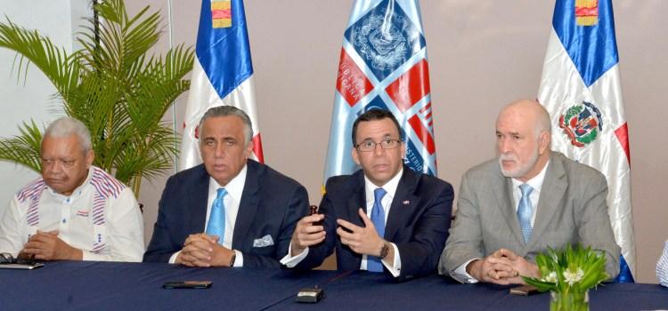 Navarro se reúne con cúpula COD