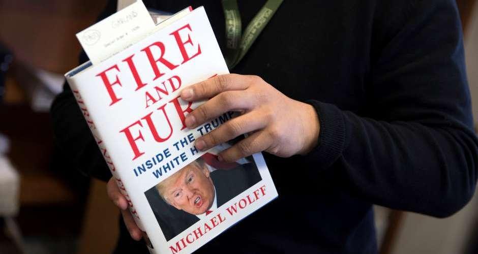 """Libro se vende """"como pan caliente"""""""