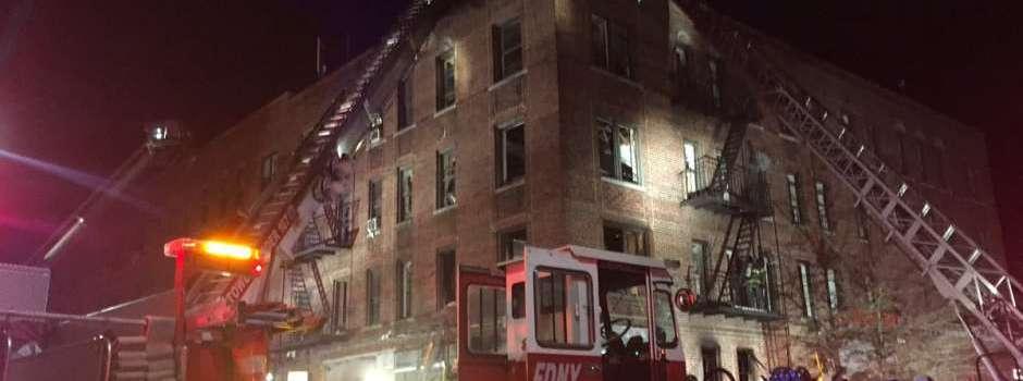 Mueren mujeres inhalaron humo incendio