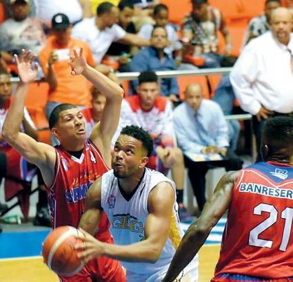 GUG y CDP ganan inicio basket